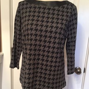 J. McLAUGHLIN TOP PRINT BOAT NECK 3/4 SLEEVE M